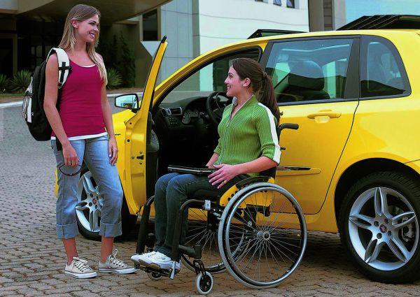 Em janeiro, a compra de veículo 0 km com isenção do ICMS – que antes beneficiava apenas pessoas com deficiência condutores - foi estendida às pessoas com deficiência física não condutores, bem como pessoas com deficiência visual, intelectual e autista